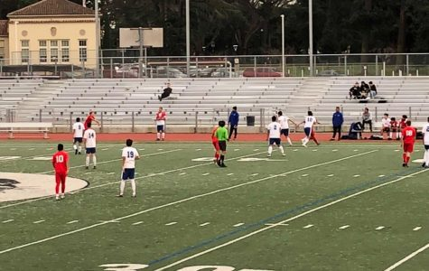 Burlingame and South City boys' soccer notch 0-0 draw in high-ranking PAL matchup.
