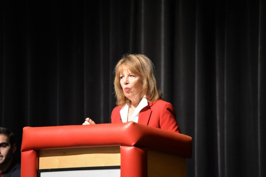 Speier hosts town hall to discuss gun safety