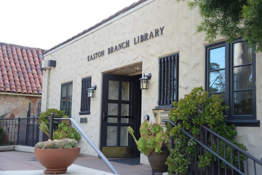The Easton Branch Library's front sign, located on 1800 Easton Drive.