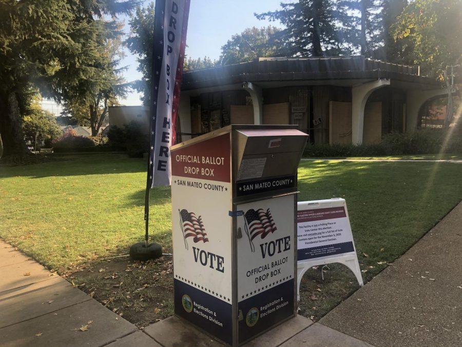 Voter turnout in San Mateo County is expected to lead California, with 90% of registered voters planning to vote.