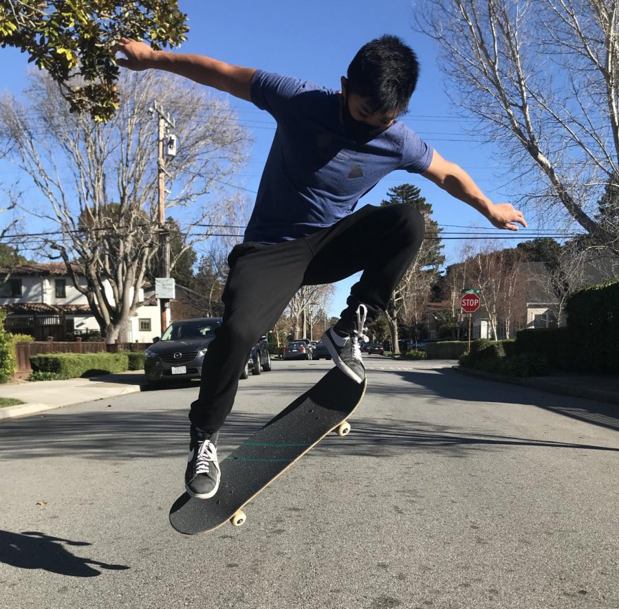 Sophomore+and+new+skater+Kai+Louie+Badua+practices+his+ollie+out+on+the+Burlingame+streets.
