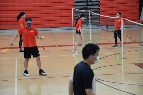 Badminton team hosts first home game after last season cut short
