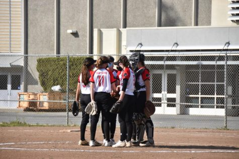 Burlingame's softball team takes home win against St. Ignatius